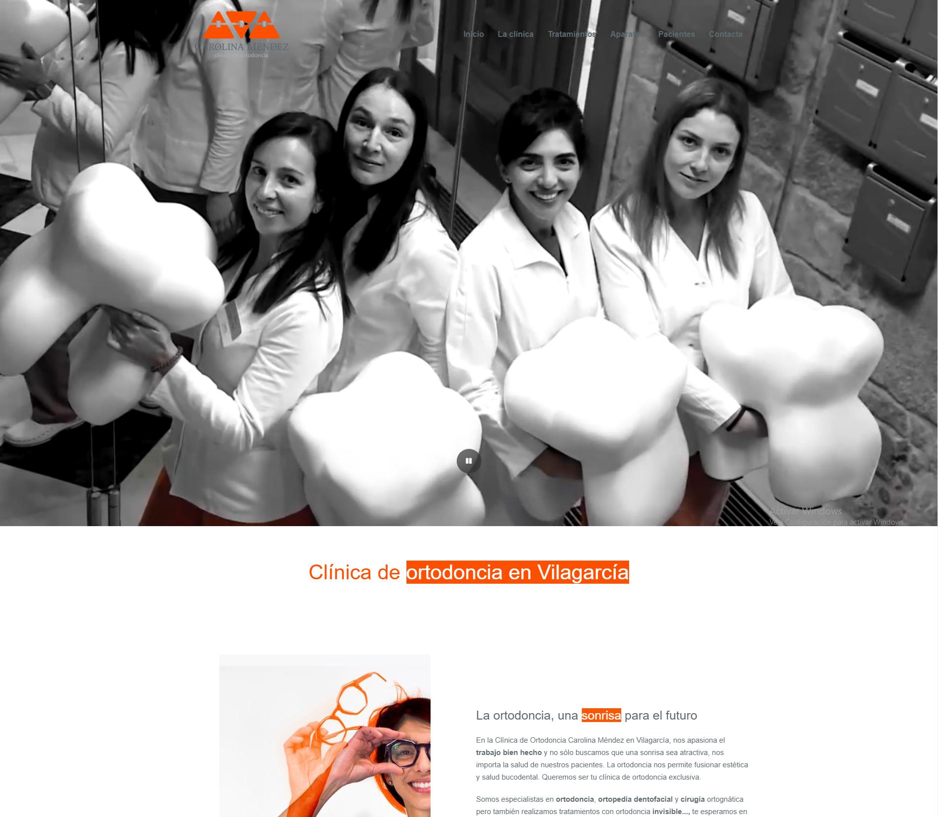Ejemplos página web corporativa. Diseño para la Clínica de Ortodoncia Carolina Méndez